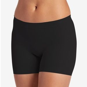 NWT Jockey skimmies shorts